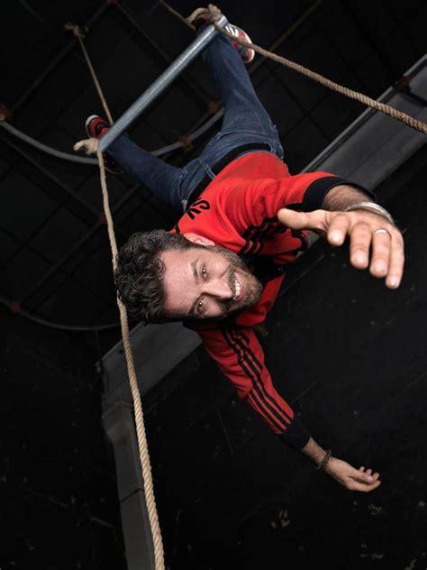 daniele silvestri testi daniele silvestri un nuovo album di acrobati in
