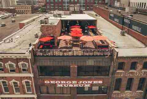 top bars in nashville best rooftop bars in nashville tennessee thrillist