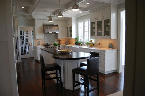 kitchen island with seating area pin by sheli on cabinets