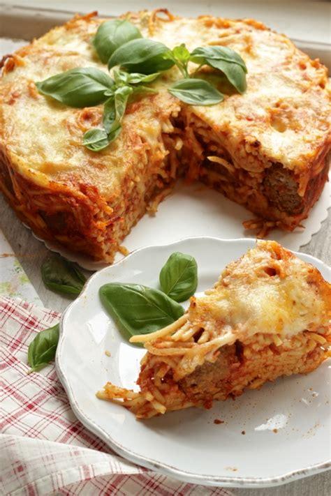 torta di tagliatelle mantovana ricetta alla prova cuoco ritorno con una torta di spaghetti