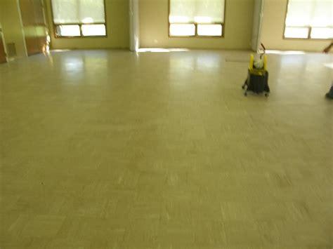 Waxing Tile Ceramic Floor by Tile Floor Cleaning Stripping Waxing Paul J