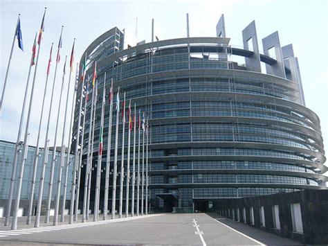 strasburgo sede parlamento europeo qui strasburgo un giorno in sessione plenaria