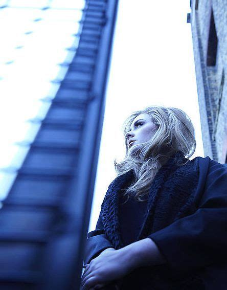 dove vive adele laurie blue adkins adele laurie blue adkins adele pinterest adele and blue
