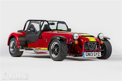 caterham 620r pictures cars uk