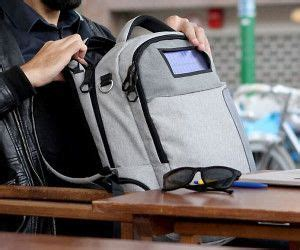 Picard Solar Bag Keeps Gadgets Juiced Up by Best 25 Solar Powered Backpack Ideas On Solar