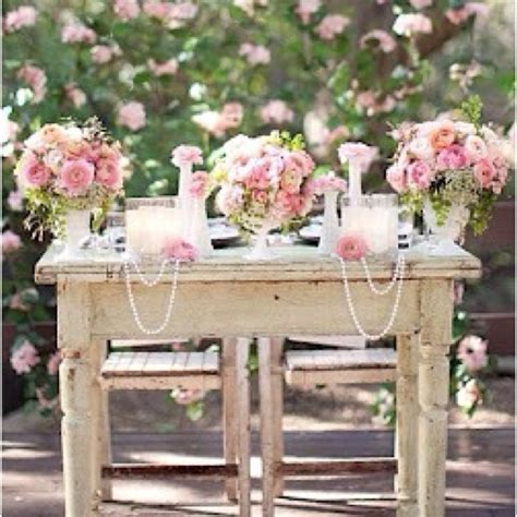 shabby chic sweetheart table use for refreshment table for