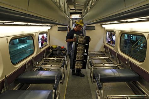 metra refitting cars  power outlets  toilets