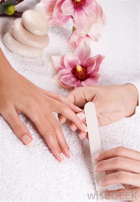 Getting A Manicure by What Are The Advantages Of Getting A Professional Manicure