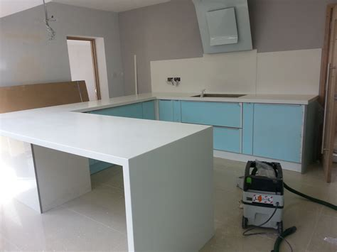 Solid Surface Kitchens Awesome Solid Surface Kitchen Worktops Pictures Lentine