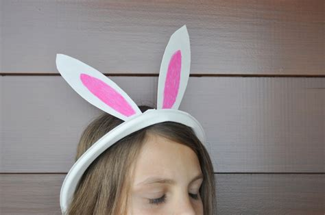How To Make Paper Ears - how to make a paper plate bunny ears plate be a