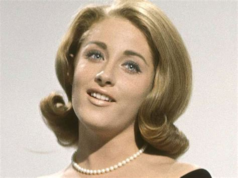 New Home Design Jobs by Lesley Gore 68 Protofeminist Heroine
