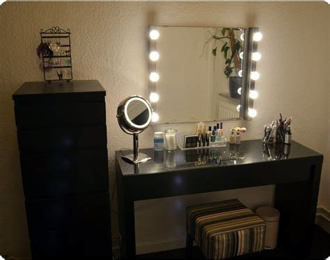 Vanity Mirror Dupe by 25 Best Ideas About Vanity Lights On