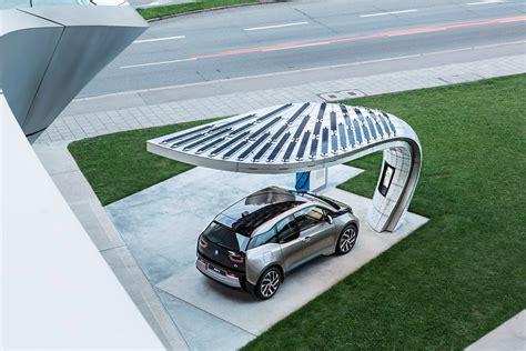 Bmw I Eight by Eight Unveils Stylish Bmw I3 Bmw I8 Solar Charger
