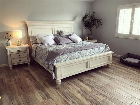 marsilona queen panel bed white products bedroom