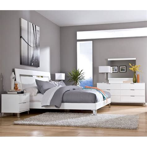 Culverden Bedroom Set w/ Accent Headboard Signature Design