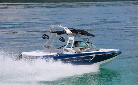 yacht yacht revue super air nautique 210 electric yachtrevue at