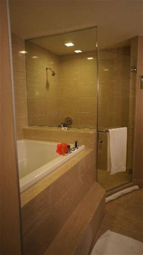 hotels in chicago with tubs in the room bathroom with soaking tub picture of palomar chicago a kimpton hotel chicago tripadvisor