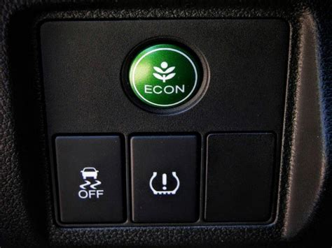 Honda Econ Button by 2016 Honda Hr V Review Compact Capability With Honda