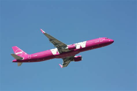 Is Wow wow air