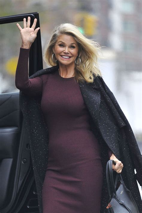 christie brinkley christie brinkley leaves greenwich hotel in new york 11 30