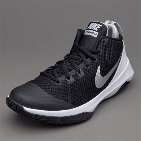 Sepatu Basket Nike Original Air Versitile Ii Black White 921692 001 sepatu basket nike air versitile black