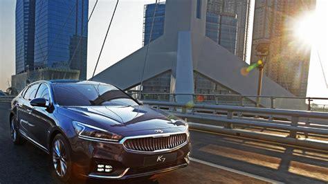 kia return policy 2016 kia cadenza k7 returns to show sleek design in real