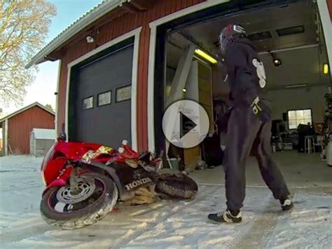 Motorrad Fahren Bei Schnee by Winter Frust Stell Dir Vor Du Willst Motorrad Fahren Und