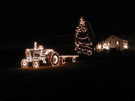 farm  tractor  christmas lights  mushrush flickr