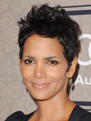 Halle Berry Is Bossy by 16 Ways To Wear Braids Like A Halle Berry Halle