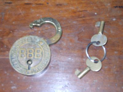 abus vorhängeschloss set antiques collectibles s antique padlocks