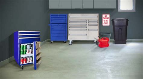 tool chest  hides   cu ft working