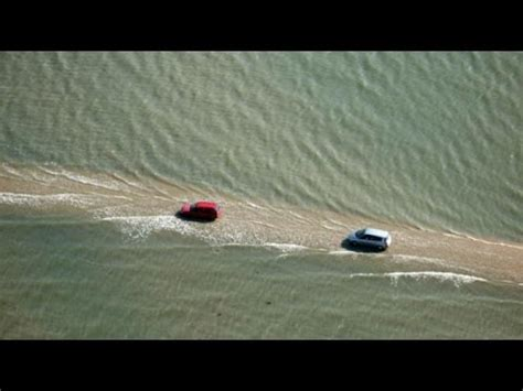 Kisah Nabi Musa As Membelah Lautan bak kisah nabi musa jalanan ini muncul membelah lautan
