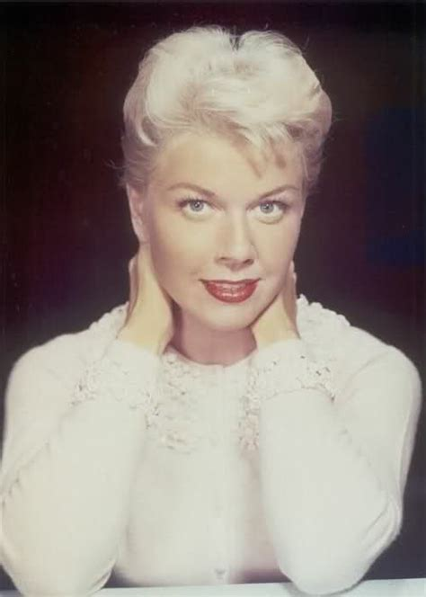 doris day hairstyles doris day miley cyrus hair they had faces then