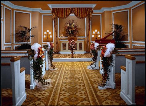 Las Vegas Wedding Chapels   The Wedding Specialists