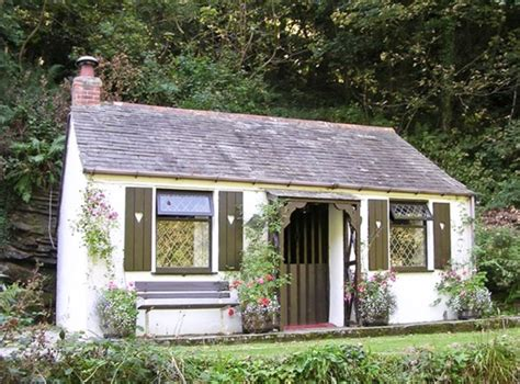 book a cottage for s day sykes