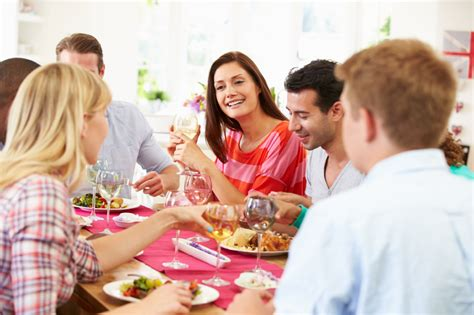 hosting a small dinner how to host a small apartment dinner my