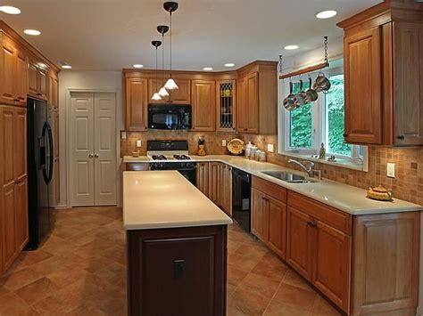 ideas for kitchen lighting kitchen galley simple kitchen lighting ideas pictures