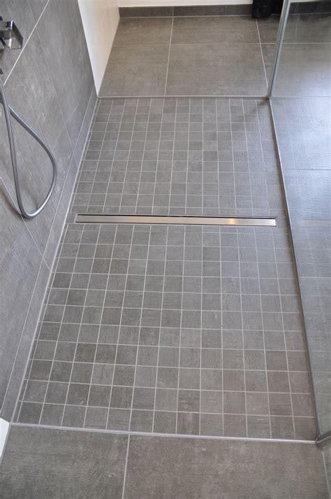 Fliese Anthrazit 60x60 by Bodenebene Dusche Mit Mosaik Villeroy Boch Side In