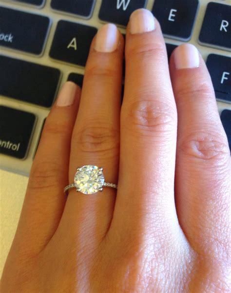 wedding rings average engagement ring size
