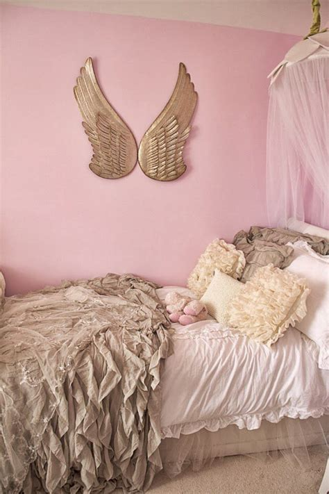 vikingwaterford com page 4 shabby chic teenage girl bedroom with white wooden headboard red m 225 s de 25 ideas incre 237 bles sobre duvet con volantes en