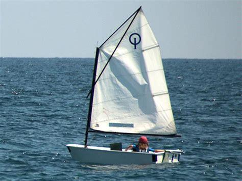 optimist zeilboot afmetingen lenam optimist en rc de regatas de alicante bateaux de
