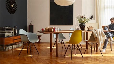 Chaise Daw Charles Eames by Vitra Eames Plastic Chair