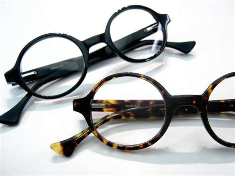 pond frames retro focus eyewear