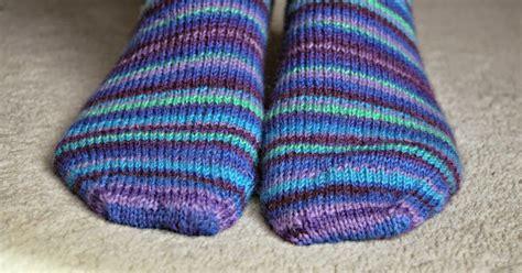 easy sock knitting pattern winwick basic 4ply sock pattern and tutorial easy