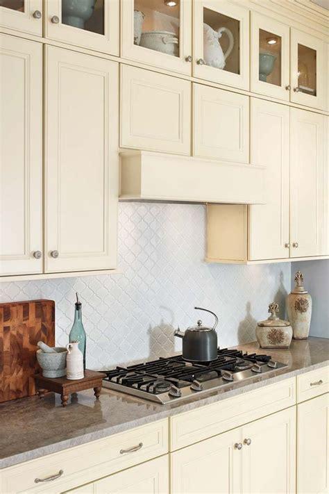 waypoint cabinets vs kraftmaid cost of waypoint kitchen cabinets cabinets matttroy