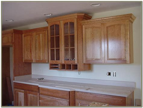 crown moulding in kitchen cabinets cabinet moulding ideas mf cabinets