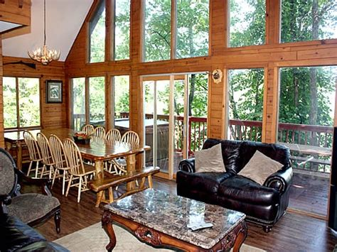 7 bedroom cabins in gatlinburg tn 17 best images about pigeon forge tn cabins on pinterest