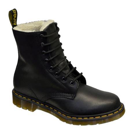 Sepatu Boot Dr Marten Code Dr 02 dr martens dr martens serena black n73 womens boots dr