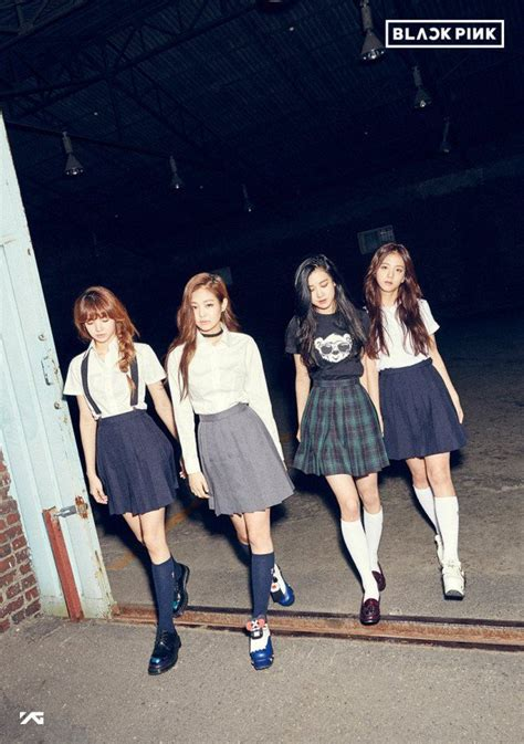 black pink members yg entertainment to debut 4 member girl group blackpink