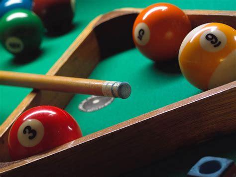 learn   play pool     minutes aditya